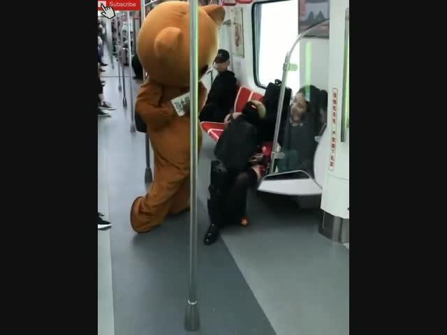 FA đừng xem, thua cả 1 con gấu