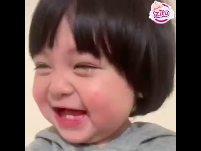 Nụ cười tan chảy mọi trái tim