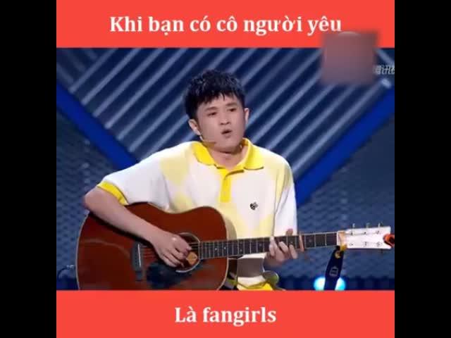 Khi có cô người yêu là fangirls