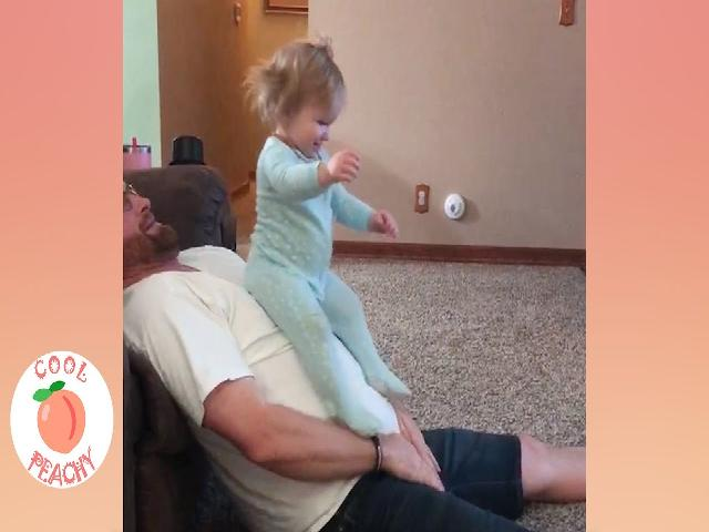 Đố bạn không cười: Khoảnh khắc trẻ em yêu bố  Video trẻ em và bố