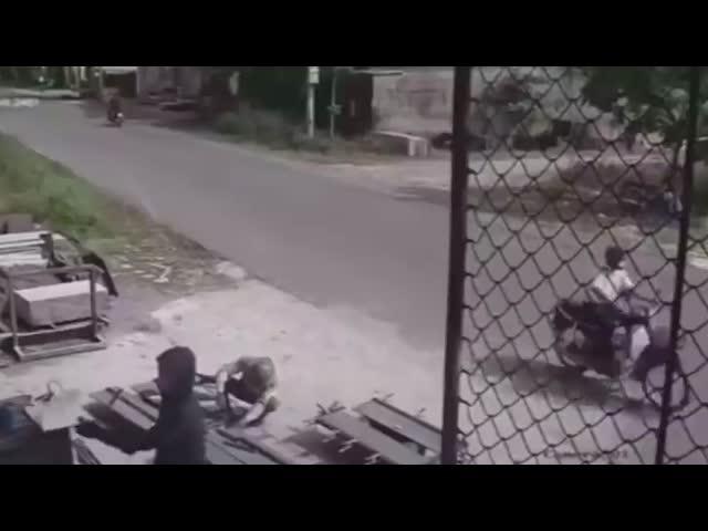 Thêm 1 góc quay khác của vụ tai nạn khiến 3 người tử vong ở Bắc Ninh