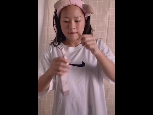 Nữ sinh Đà Nẵng bỗng chốc nổi như cồn vì loạt ảnh gợi cảm